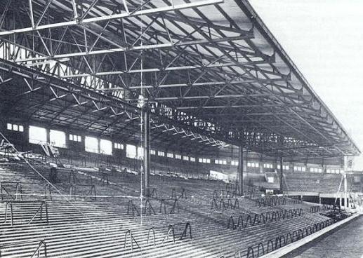 anfieldpastkop1928